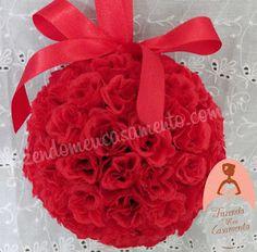 Fazendo Meu Casamento http://loja-fazendomeucasamento.com/porta-aliancas-bola-de-flores-247.html