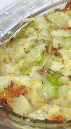 How to Make a Polish Potato, Cabbage, and Bacon Casserole 'Recipe for Polish Cabbage, Potato and Bacon Casserole or Zapiekanka z Kapusta, Ziemniak i Boczek' Bacon Casserole Recipes, Cabbage Casserole, Hamburger Potato Casserole, Potato Bacon Soup, Potato Onion, Egg Casserole, Chicken Casserole, Quiche, Eastern European Recipes