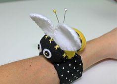 Bitty Bee Wrist Pincushion - PDF Pattern