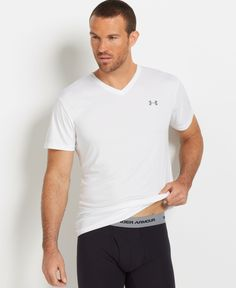 Under Armour Men's Athletic HeatGear Performance V-Neck T-Shirt 2-Pack