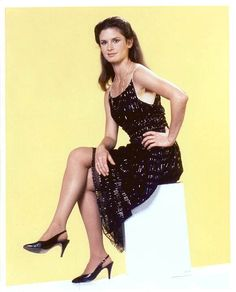 Browse photos of Stephanie Zimbalist Stephanie Zimbalist, Beautiful Celebrities, Beautiful Women, Mejores Series Tv, Strong Female Characters, Cute Woman, Pretty Dresses, How To Look Better, Stars