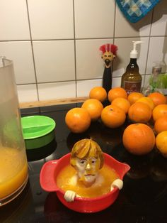 (Orangen)Saftpresse Angela Merkel