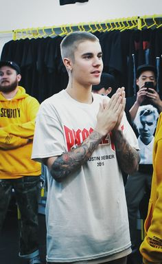 Purpose World Tour Groovy and Unique Justin Bieber Tshirts and Hoodies avialable by amazon. Give it a look Belieber <3http://justinbieberhoodiestshirts.know-about-it.com/