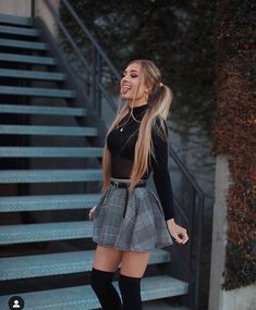 Outfit Trends - Plaid skirt outfits ideas what to wear plaid skirts Winter Date Night Outfits, Casual Fall Outfits, Winter Fashion Outfits, Look Fashion, Womens Fashion, Casual Dress For Fall, Fashion Trends, Skirt Outfits For Winter, Cute Outfits With Skirts
