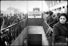 uliano lucas - emigranti alla stazione centrale, milano, 1963