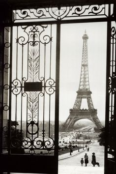 Paris. Eiffel. The perfect door. The perfect view.
