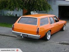 Holden Wagon, Hq Holden, Australian Muscle Cars, Aussie Muscle Cars, Holden Muscle Cars, Holden Australia, Car Station, Wagon Cars, Train Car