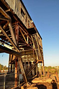 Old mine head - abandoned Broken Hill - 4 (photo Chris Stimson)