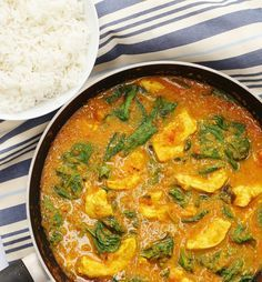 s favourite chicken curry chicken in 2019 jamie oliver ch Vegetarian Curry, Vegetarian Recipes, Cooking Recipes, Jamie's Recipes, Recipies, Batch Cooking, Jamie Oliver Chicken Curry, Homemade Curry, Chicken Recipes Video
