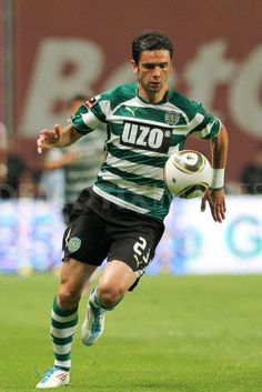 Helder Postiga in Sporting Uzo sponsor equipment Best Football Players, Good Soccer Players, Portugal Soccer, Sport C, Personal Qualities, My Youth, Trainer, Celtic Fc, Muscle