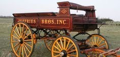 Hitch wagons for sale at Hansen Wheel and Wagon Shop-dedicated to crafting historic hitch wagon replicas for team and draft horse shows. Horse Wagon, Horse Drawn Wagon, Wagon Trails, Wagons For Sale, Wooden Wagon, Old Wagons, Horse And Buggy, Pony Drawing, Chuck Wagon