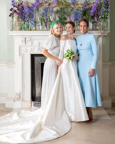 The Bride Wore Emilia Wickstead to Her English Wedding at an Estate - Vogue Best Wedding Dresses, Wedding Gowns, Bridesmaid Dresses, 20s Wedding, Vogue Wedding, Wedding White, Casual Wedding, Ball Dresses, Nice Dresses