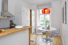 Cocina y comedor modernos