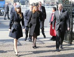 Princess Beatrice, Sarah Ferguson and Prince Andrew, Duke of York attend a memorial service for Sir David Frost at Westminster Abbey on March 13, 2014 in London, England.