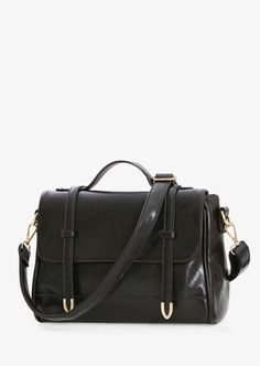 Large Messenger Style Black Handbag #1970s #30-50 #handbags