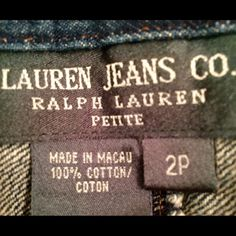 """Lauren Jeans Company Size 2 Petite 100% cotton Ralph Lauren women's jeans size 2P.  These are lightweight and pliable.  Not too stiff and heavy.  Condition is like new-excellent.  Waist is approx 27""""; rise is approx 9.5""""; inseam approx 29"""" and width of leg at bottom is approx 7.5"""".  Very nice pair of jeans. Ralph Lauren Jeans Boot Cut"""