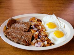 Philadelphia Scrapple From Skyway Jack's: St. Petersburg, Florida : Scrapple, a fried patty of cornmeal and pork scraps, is a Pennsylvania diner staple, and Florida's transplants from the Northeast aren't about to live without it. This landmark restaurant's late founder, Jack Thomas, added scrapple to the menu in the '70s, after making it for years as a cook in the navy. Today, each slice is still fried to order. It's a meal in itself, but it's best ...