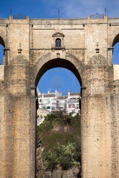 Puente Nuevo desde el siglo XVIII en Ronda, Andalucía, España.