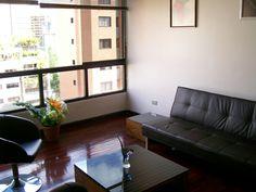 Bello apto a la venta en El Rosal. Caracas, Venezuela. Contacto: info@micasa.com.ve Ver más en: http://www.micasa.com.ve/verinmueble.php?id=5637