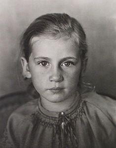 Edward Weston, Portrait of Esther Van Neil, 1933, Photograph