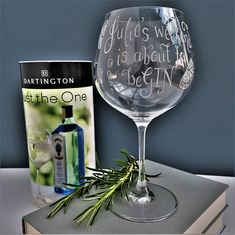 Bff Gifts, Gifts For Mum, Gift For Lover, Funny Gifts, Lovers Gift, Mother Day Gifts, Personalised Gin, Personalised Glasses, Personalized Gifts