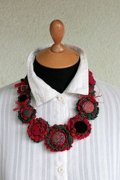 Fiber Art Necklaces by rRradionica - The Beading Gem's Journal