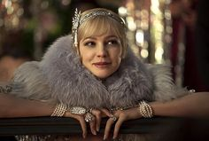 """Pretende assistir """"The Great Gatsby""""? Vem conhecer o que está por trás das jóias e figurinos incríveis do filme! Agora, no blog."""