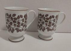 Retro Set of 2 Coffee Mugs Holt Howard Leaves Mid Century Mid Century Modern Decor, Brown Trim, Dinnerware, Coffee Mugs, Cups, Leaves, Retro, Tableware, Vintage