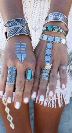 Boho jewels style