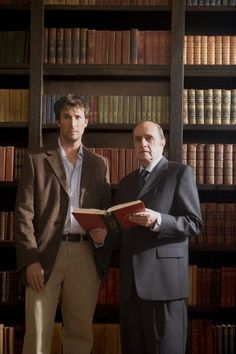 Still of Noah Wyle and Bob Newhart in The Librarian: Return to King Solomon's Mines (2006)