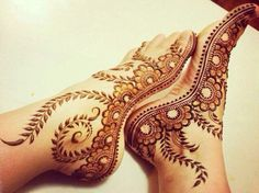 UVArts- Souce of Color Mehndi Designs