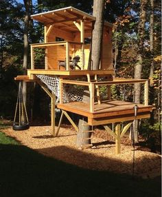 54 ideas small tree house for kids forts Backyard Fort, Backyard Trees, Backyard Playground, Backyard For Kids, Backyard Projects, Cubby Houses, Play Houses, Casa Kids, Modern Tree House