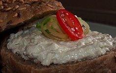 29 nejlepších receptů na domácí pomazánky na chlebíčky a jednohubky | NejRecept.cz Brunch, Sushi, Grains, Food And Drink, Appetizers, Yummy Food, Baking, Vegetables, Ethnic Recipes