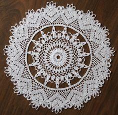 Duker Crochet Art, Thread Crochet, Love Crochet, Crochet Motif, Crochet Designs, Crochet Doilies, Crochet Flowers, Crochet Hooks, Yarn Projects