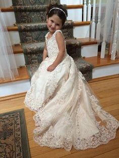 Lace flower girl dresses by Jaks, the place to creativity design your custom handmade dresses.  Jaks has made 175 styles of long lace flower girl dresses,  infant to girls size 14,   with or without trains.
