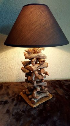 &  Lampe O'Bisse #LampBois Driftwood Lamp, Wood Lamps, Cool Lighting, Lighting Design, Small Woodworking Projects, Wood Projects, Bedside Wall Lights, Wood Furniture, Table Lamps For Bedroom