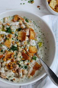 Ramadan recipes 442971313347509922 - This authentic Lebanese Chicken Fatteh is an amazing combo of flavors made with yogurt, spiced shredded chicken, chickpeas, toasted pine nuts & pita bread! Source by powerpuffin Lebanese Chicken, Greek Recipes, Arabic Recipes, Lebanese Food Recipes, Lebanese Cuisine, Arab Food Recipes, Recipes With Yogurt, Syrian Recipes, Halal Recipes