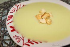 Sopa de alho francês com croutons