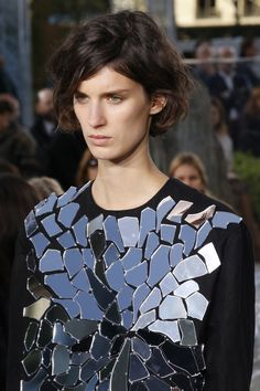 Loewe Spring 2016 Ready-to-Wear Fashion Show Details
