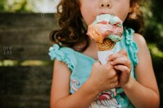 bites stock images from Offset. Authentic photography and illustrations by award-winning artists. Ice Cream Kids, Ice Cream Stand, Ice Cream Theme, Ice Cream Parlor, Water Photography, Children Photography, Family Photography, Frozen Yogurt Shop, Eating Ice Cream