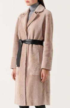 Женская розовая шуба из меха овчины с кожаным поясом DROMe, арт. DPD5456P/D304 купить в ЦУМ | Фото №3