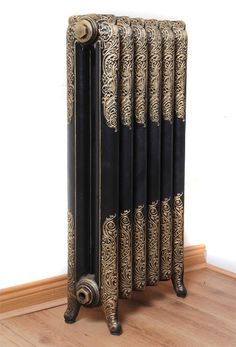 Radiator Goals: Need to bring out the details in our own beautiful set. Victorian Radiators, Old Radiators, Cast Iron Radiators, Rococo, Interior And Exterior, Interior Design, Vintage Appliances, Radiator Cover, Door Furniture