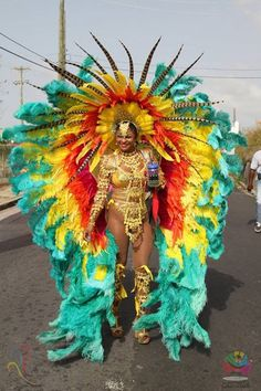 7 Things To Know About Antigua Carnival, The Caribbean's Greatest Summer Festival – Kostüm Karneval Brazilian Carnival Costumes, Carribean Carnival Costumes, Rio Carnival Costumes, Carnival Dancers, Carnival Girl, Trinidad Carnival, Carnival Outfits, Caribbean Carnival, Mardi Gras Costumes