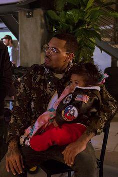 Chris brown and his daughter royalty  Pinterest: Tweebabii89