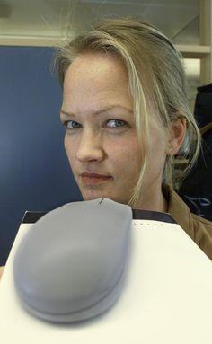 VAR SERIØST: Kathrine Aspaas var tidligere en av Aftenpostens faste kommentatorer på økonomi. Hun sier selv at hun var seriøs og arrogant før hun oppdaget de rosa verdiene. Foto: Scanpix