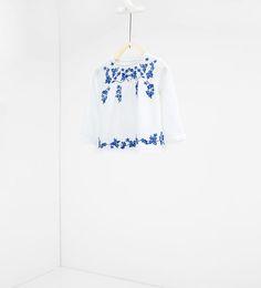 ZARA - NIÑOS - Camisa bordados