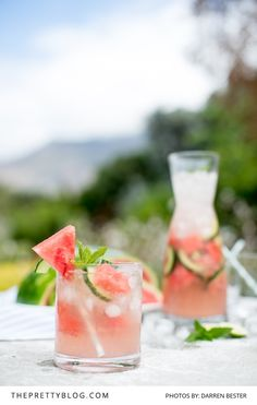 This refreshing watermelon and ginger cocktail recipe is an easy and super refreshing summer drink that has us thinking of poolside chilling! Ginger Cocktails, Ginger Drink, Non Alcoholic Cocktails, Cocktail Drinks, Cocktail Recipes, Pool Drinks, Fun Drinks, Yummy Drinks, Beverages