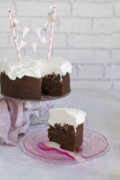 Tarta guinness de chocolate y cerveza, con crema de queso. Perfecta como tarta de cumpleaños.