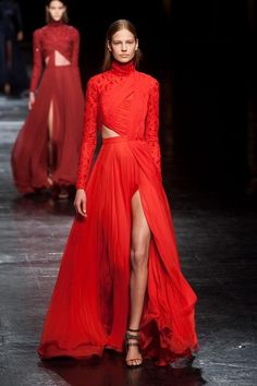 Trends carrying over: Retro Red from Fall 2013 to Fall 2014 Prabal Gurung fall winter 2014/2015 #fashion