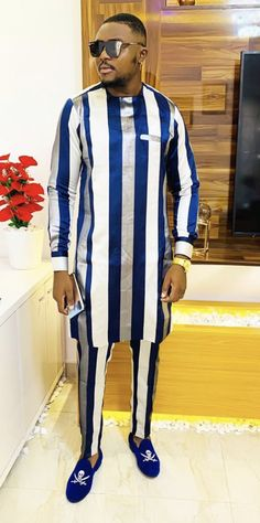 African Wear Styles For Men, African Shirts For Men, African Dresses Men, African Attire For Men, African Clothing For Men, Mens Clothing Styles, Nigerian Men Fashion, African Men Fashion, Fashion Wear